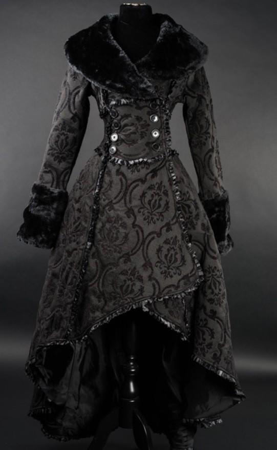 "Mantel ""Black Evil Queen"""